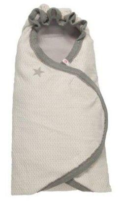 Vaalea kietaisuhuopa on hyvä lämmittämään kylminä kesäiltoina, kun ei kunnon lämpöpussille ole tarvis. Lodgerilta ihana, pehmoinen tuote. LODGER / lastenverkkokauppa.fi