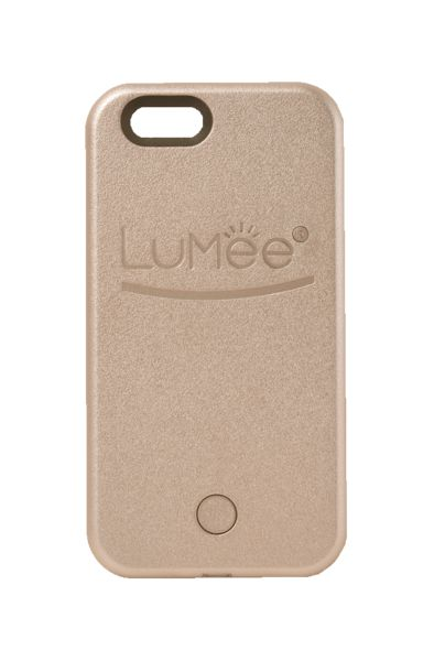 iPhone 5/5s LuMee case has professional quality LED lighting on both sides of the case. It gives you a soft and beautiful light for every occasion.
