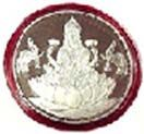 Silver lakshmi coin available for Hyderabad delivery. Assured door step delivery to all location in Hyderabad. Visit our site : www.flowersgiftshyderabad.com/Housewarming-Gifts-to-Hyderabad.php