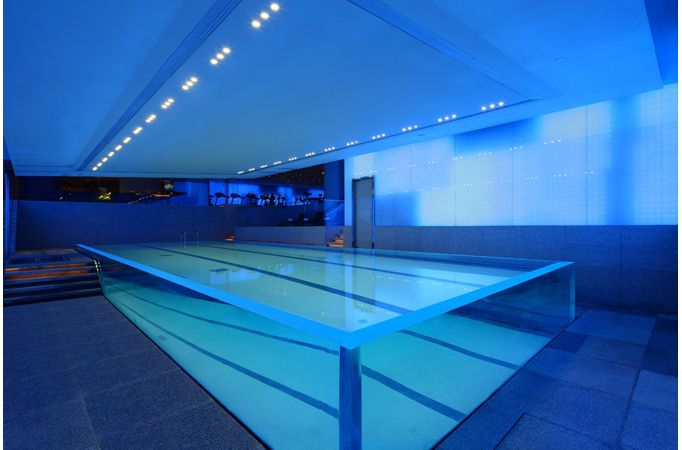Private indoor swimming pools andaz salon andaz shanghai for Private indoor swimming pools