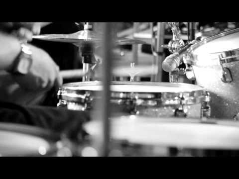 """BROILERS - """"Wie Weit Wir Gehen"""" (OFFICIAL VIDEO) Im März <3"""