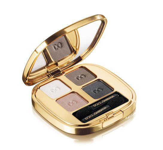 Dolce & Gabbana en beauté http://www.vogue.fr/beaute/buzz-du-jour/diaporama/ligne-de-maquillage-dolce-gabbana-make-up/14457#!10