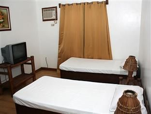Islandia Hotel Alaminos City, Philippines