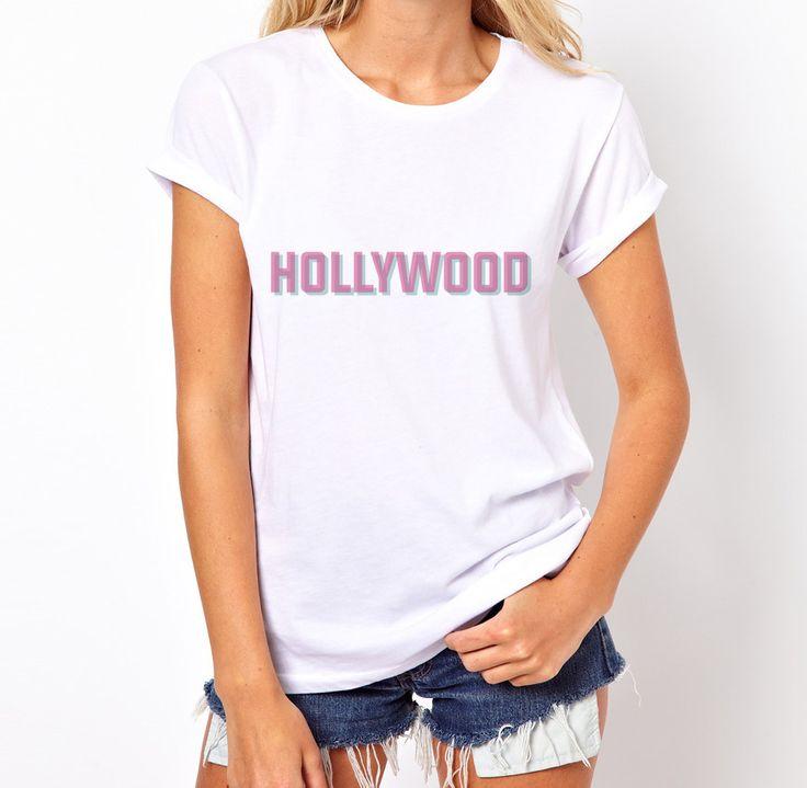 "Camiseta ""Hollywood"" // Pegue a sua: http://bit.ly/1m8Yo5u #hollywood #tshirt #camiseta #fashion #woman #pink"