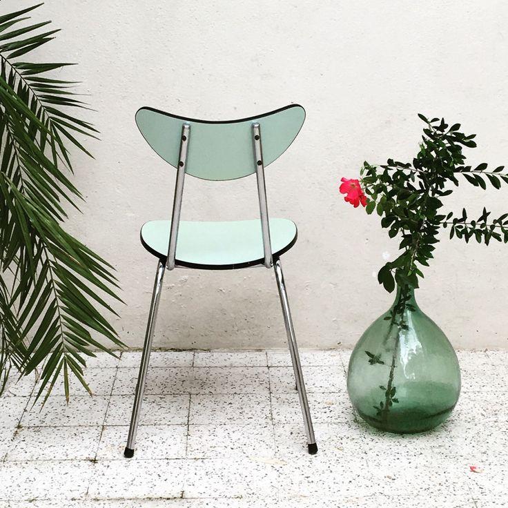 Très mignonne chaise Formica...