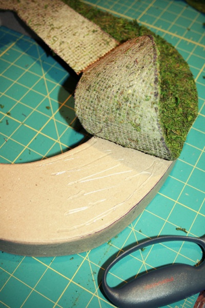 DIY Moss Covered Letters. Easy. Love the decorated N example
