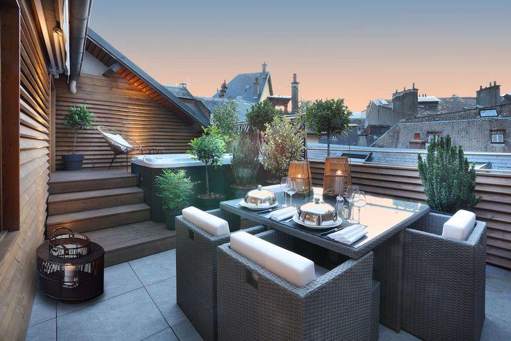 Petit Hotel Confidentiel, Chambery, France - Suite Terrasse Jacuzzi