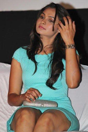 Andrea Jeremiah Hot Photoshoot in Cyan Mini Dress at Endrendrum Punnagai Movie