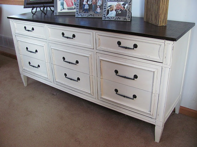 Chalk Paint black top with mustard bottom maybe?| http://www.avantlink.com/click.php?tt=cl=12033=142155=http%3A%2F%2Fwww.hansenwholesale.com%2F