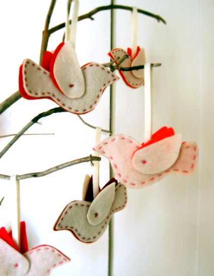 felt dove ornaments: Crafts Patterns, Birds Mobiles, Purl Soho, Purlsoho, Ornaments Kits, Felt Ornaments, Felt Birds, Birds Ornaments, Christmas Ornaments