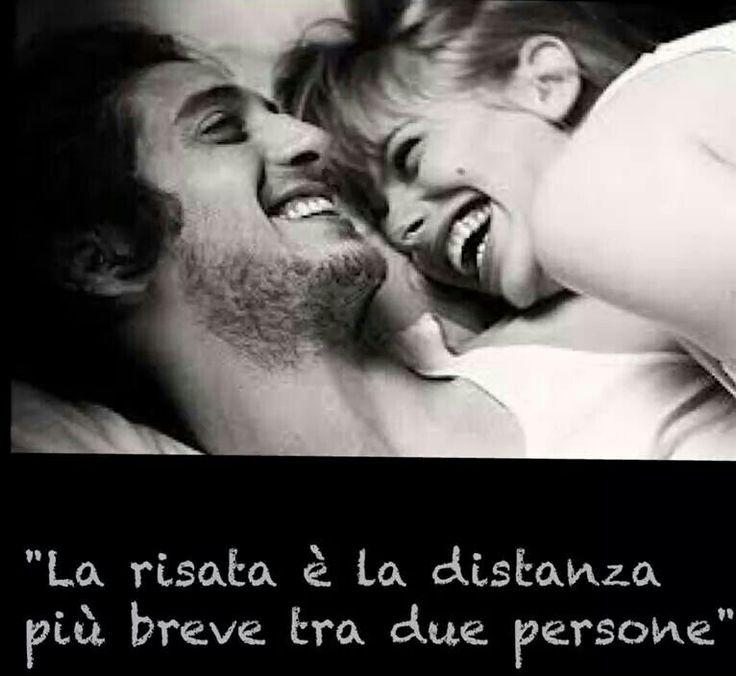 La #risata é la #distanza più breve tra due persone #quotes