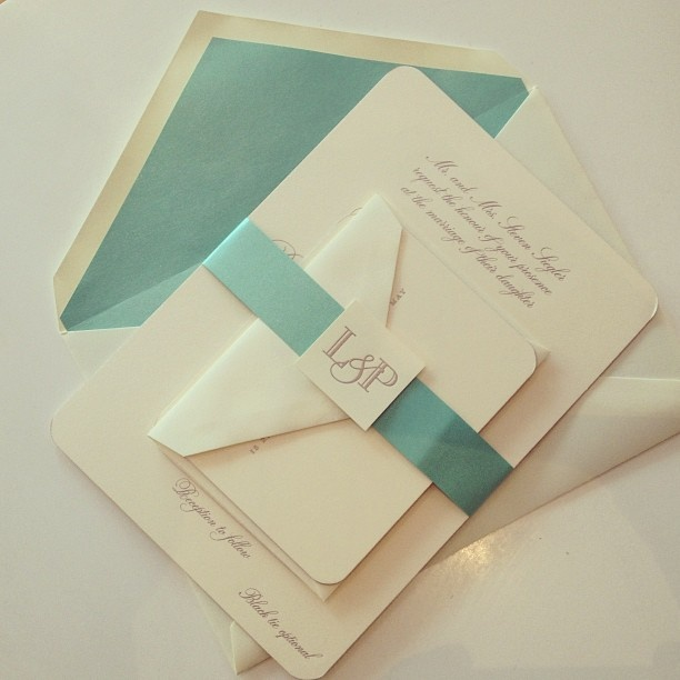 #Engraved wedding invitation for a #Nantucket #wedding. Featuring pale turquoise envelope liner and bellyband, with custom #monogram I Custom by Nico and Lala