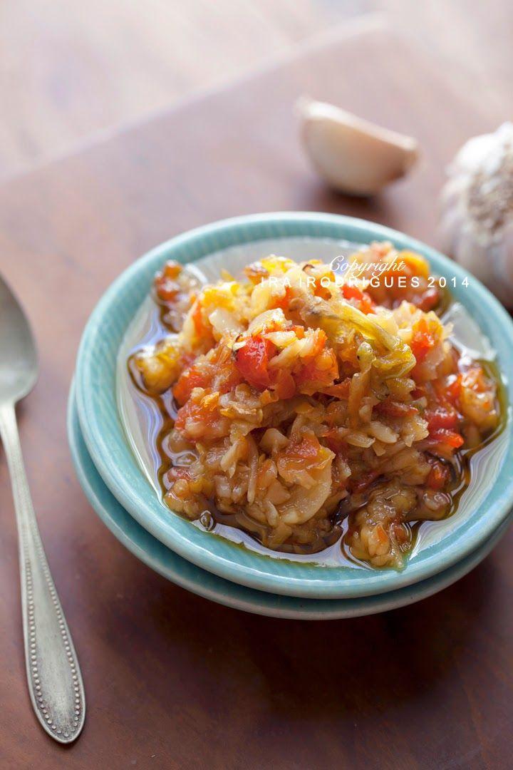 Indonesian garlic sambal (sambal Bawang putih)