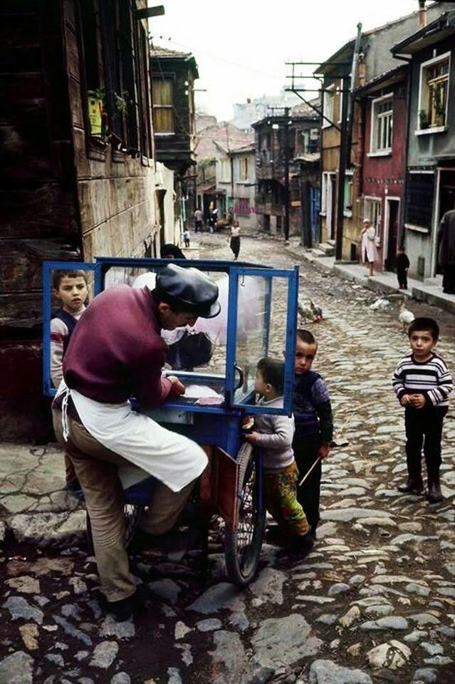 Street vendor in the district of Zeyrek, 1970, Photograph: Ara Güler/Magnum