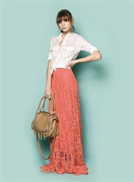falda larga...sobretodo coral