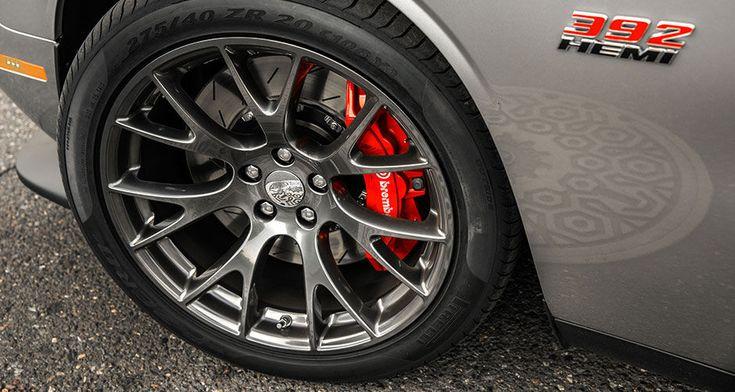 Challenger SRT 392 features 20x9.5-inch hyper black ...