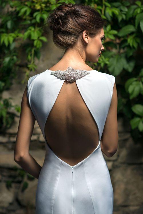 Elegantné svadobné šaty s odhaleným chrbtom 2016