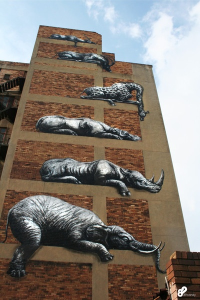 ROA's mural for I ART JOBURG can be seen at63 Sivewright Avenue, Maboneng precinct, Johannesburg (image by 89 candy photography)
