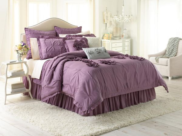 If i didn't have to change beds in less than a year, I'd totally buy this @LaurenConrad.com bedding set. Not sure @Adam Tsouras would love all the purple and frills.
