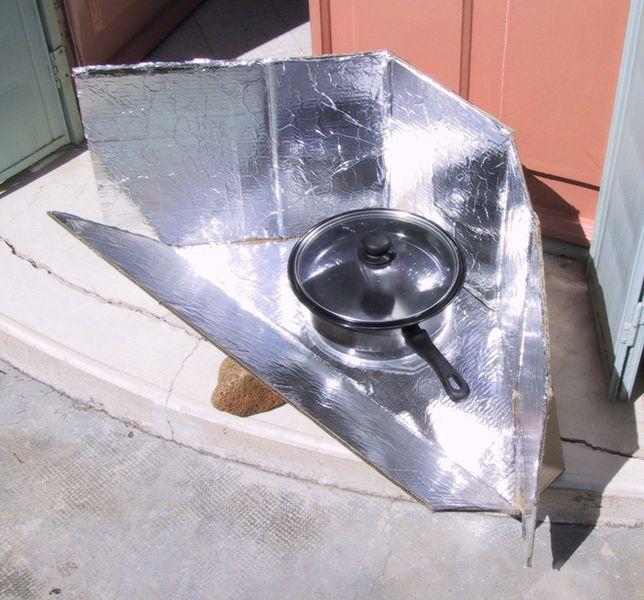 Cast Iron Chef (Webelos Adventure) - DIY Solar Oven Cardboard and Tin Foil Design photo