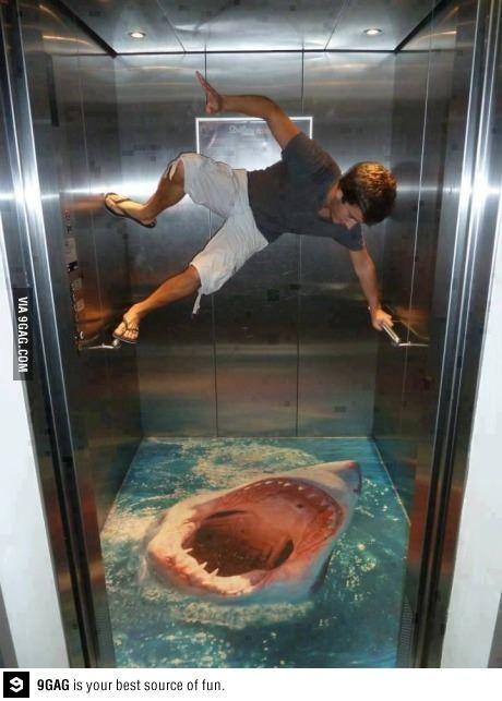 Je serais jamais capable de prendre cet ascenseur :S
