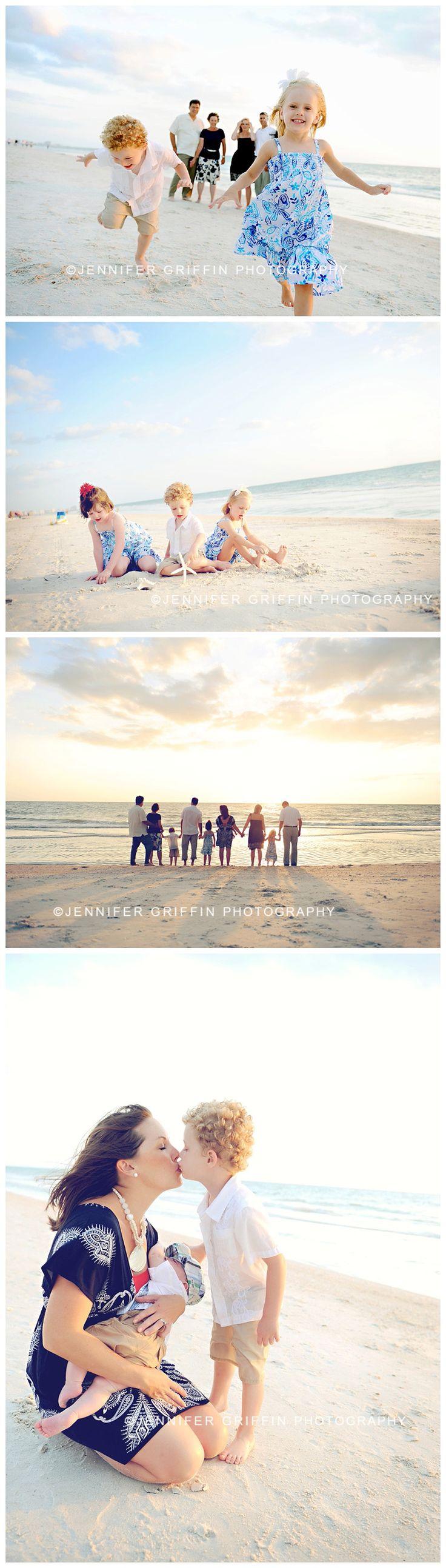 Large Family Beach Photography, Extended Family Beach Portrait Session.  Florida Beach Photographer.  Clearwater, St. Pete Beach.  Anna Maria Island, Holmes Beach, Redington Beach, Treasure Island Florida.  Daytona Beach Photographer.  www.jennifergriffinphotography.com