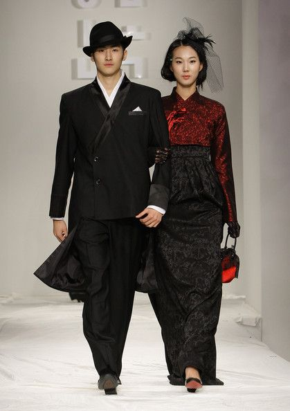 Hanbok Fashion Show - Pictures - Zimbio