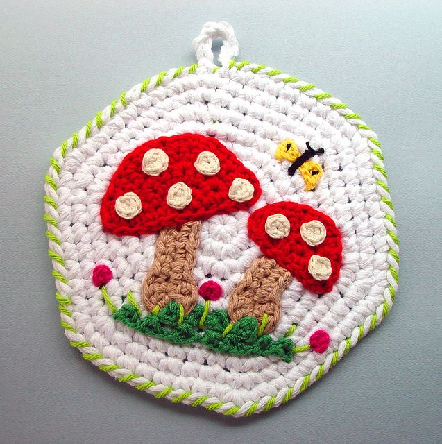 Crochet Red Mushrooms Kitchen Pot Holder by meekssandygirl, via Flickr