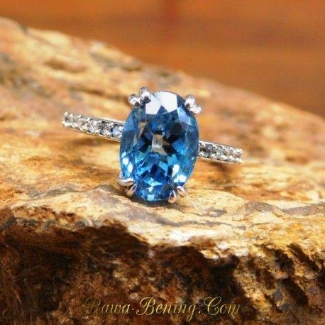 Cincin Emas Putih 14k Swiss Blue Topaz 5.46 carat