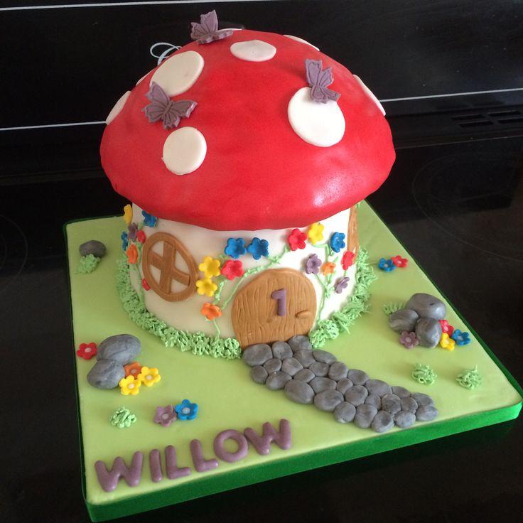 Fairy toadstool house cake