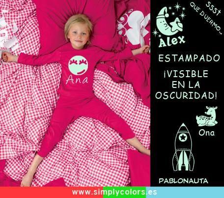 Pijamas personalizados con ¡estampado visible en la oscuridad! Súper divertidos. Ahora si que van a querer irse a la cama... http://www.simplycolors.es/pijama-completo