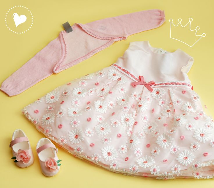Your little flower will get lost in the garden with this beautiful daisy dress <3 for more event dresses for your little one check out www.legogo.ro