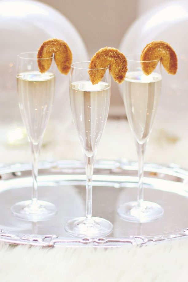 3 Easy, Delicious, And Beautiful Champagne New Years Eve Cocktails