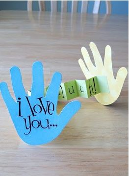 """I love you this much"" Father's Day card and 9 more very cool ideas for Father's Day presents you can make with the kids."