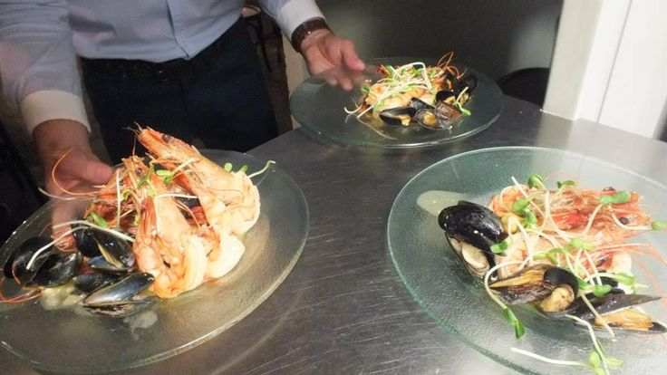 Tiger prawns in a sauce of mussels