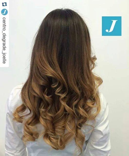 Lo stile Degradé Joelle! #cdj #degradejoelle #tagliopuntearia #degradé #igers #musthave #hair #hairstyle #haircolour #longhair #ootd #hairfashion #madeinitaly #wellastudionyc workhairstudiovittorio&tiziana #roma #eur