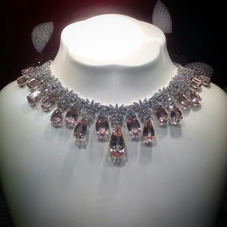 @angeloxdexluca. #pasqualebruni #amazing #necklace #pink #diamonds