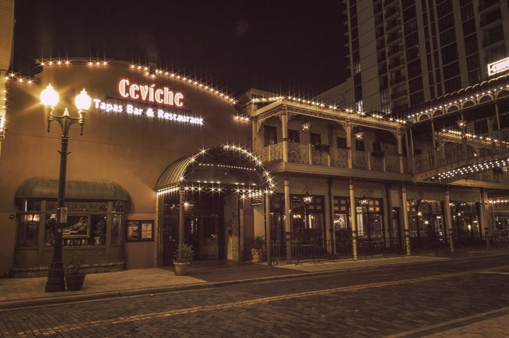 Gallery - Ceviche Orlando  This is on their website?  Do they not see all the lights out?
