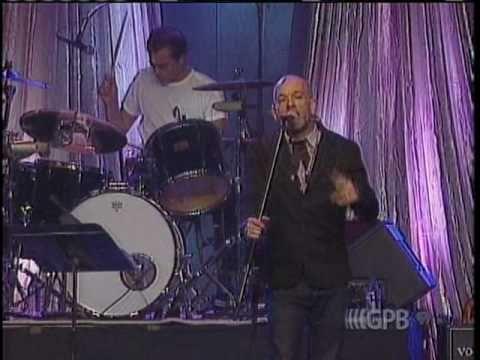REM (& Bill Berry) - Begin The Begin @ Georgia, U. S.  (16 Septembre 2006) - YouTube