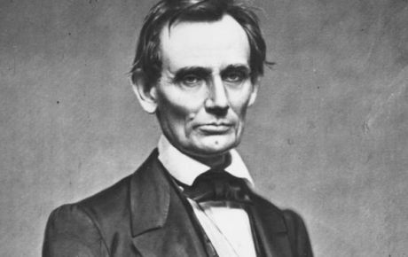 """4 Short Yet Powerful Quotes from Abraham Lincoln to Help You Grow ----#2: """"Most folks are as happy as they make up their minds to be."""""""