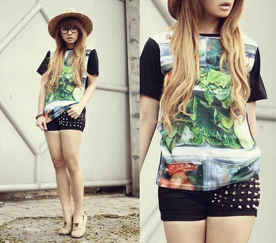 Vegetables on my shirt (by Anastasia Siantar) http://lookbook.nu/look/3621071-Vegetables-on-my-shirt