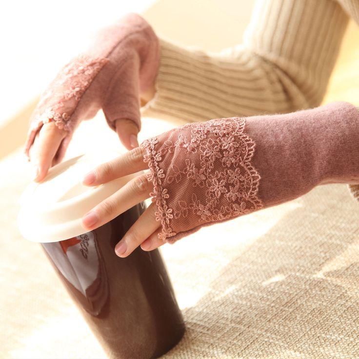 Elegant Lace Winter Gloves Women Semi-finger Thermal Wool Gloves Spring Autumn Soft Ladies Gloves Red,Black,Coffee,Khaki,Purple