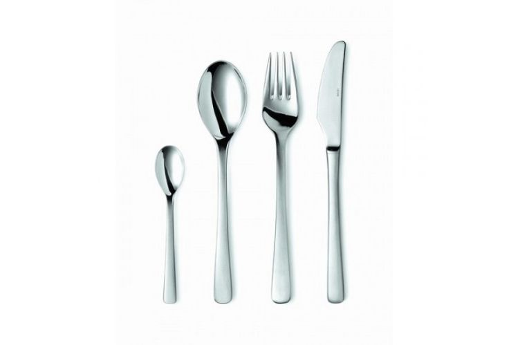 Steel Line by Gense is characterised by soft, continuous curves and smooth surfaces. Launched in 1970, Steel line remains one of the most elegant cutlery series. Created by Henning Seidelin, Steel line is a functional product so is great for everyday use. Despite its simplicity of design Steel Line is also perfect for sophisticated dinners and special occasions.