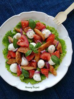Csirkés-mozzarellás-paradicsomos saláta