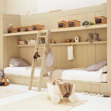 Une chambre d 39 enfant en bois child room fils et enfance for Chambre avec alcove