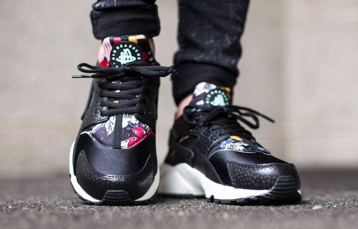 nike says aloha to air huaraches nike wmns air huarache run print color blackartisan teal sail black shoes i like pinterest huarache run - Nike Huarache Colors