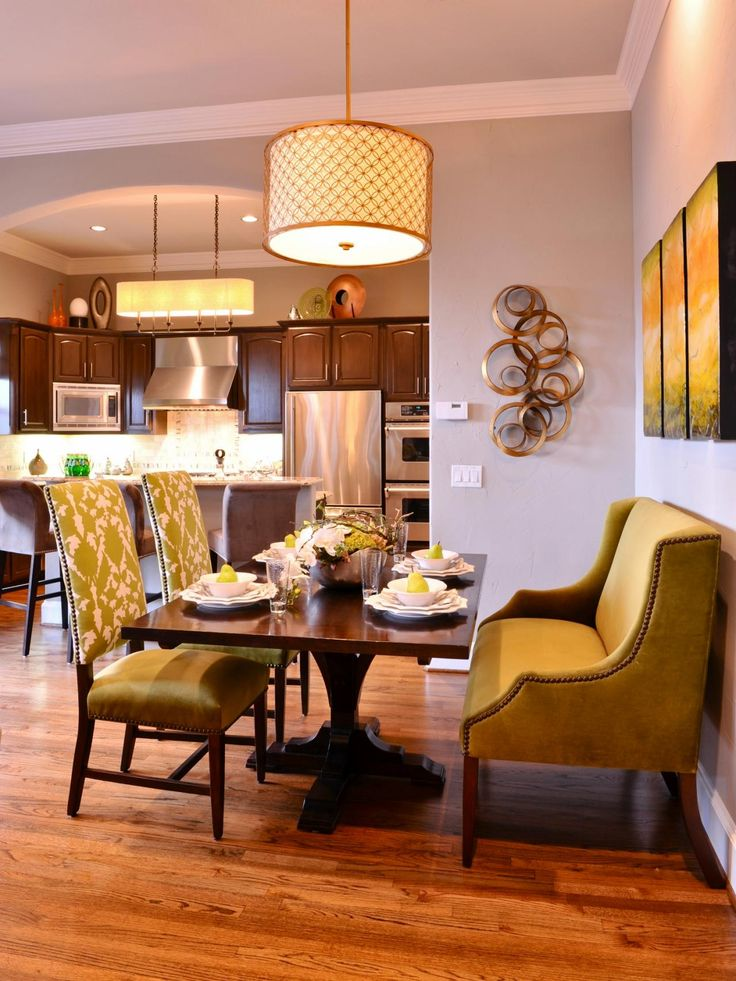 This Neutral Breakfast Nook Features A Small Dining Table
