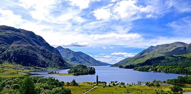 Glenfinnan Monument and Glensheil Loch. In 1745 the Jacobite Rising began here when Prince Charles Edward Stuart raised his standard on the shores of Loch Shiel. Read my blog on Glenfinnan, Glenuig and Arisaig.