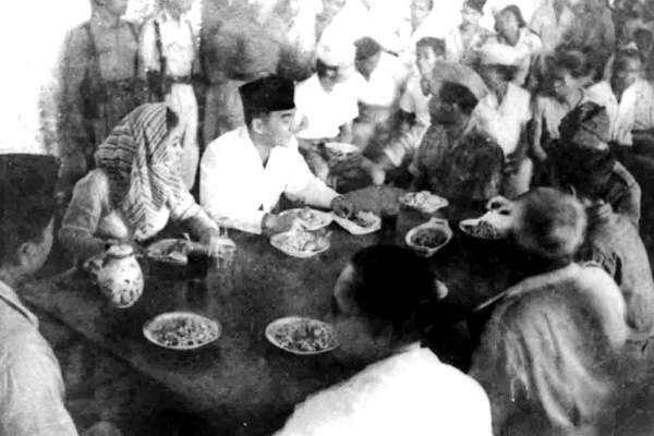 Fatmawati and Soekarno, 5 Jan 1948