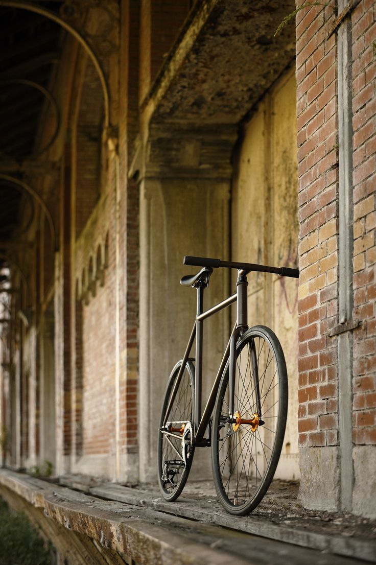 Paired down and beautiful, a stream-lined matte black bicycle is always an eye catcher.
